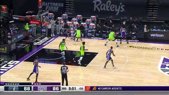 Ant Steals and Slams