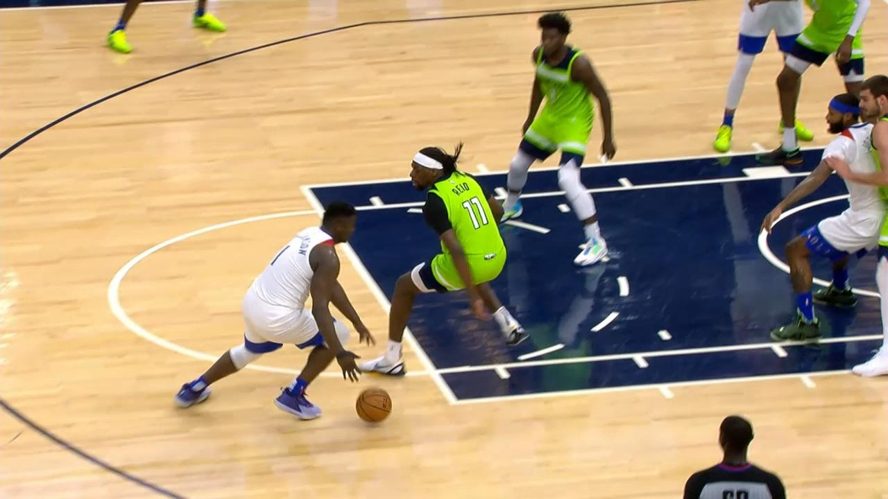 Zion Williamson crossover and spins to the rim | Pelicans-Timberwolves Highlights