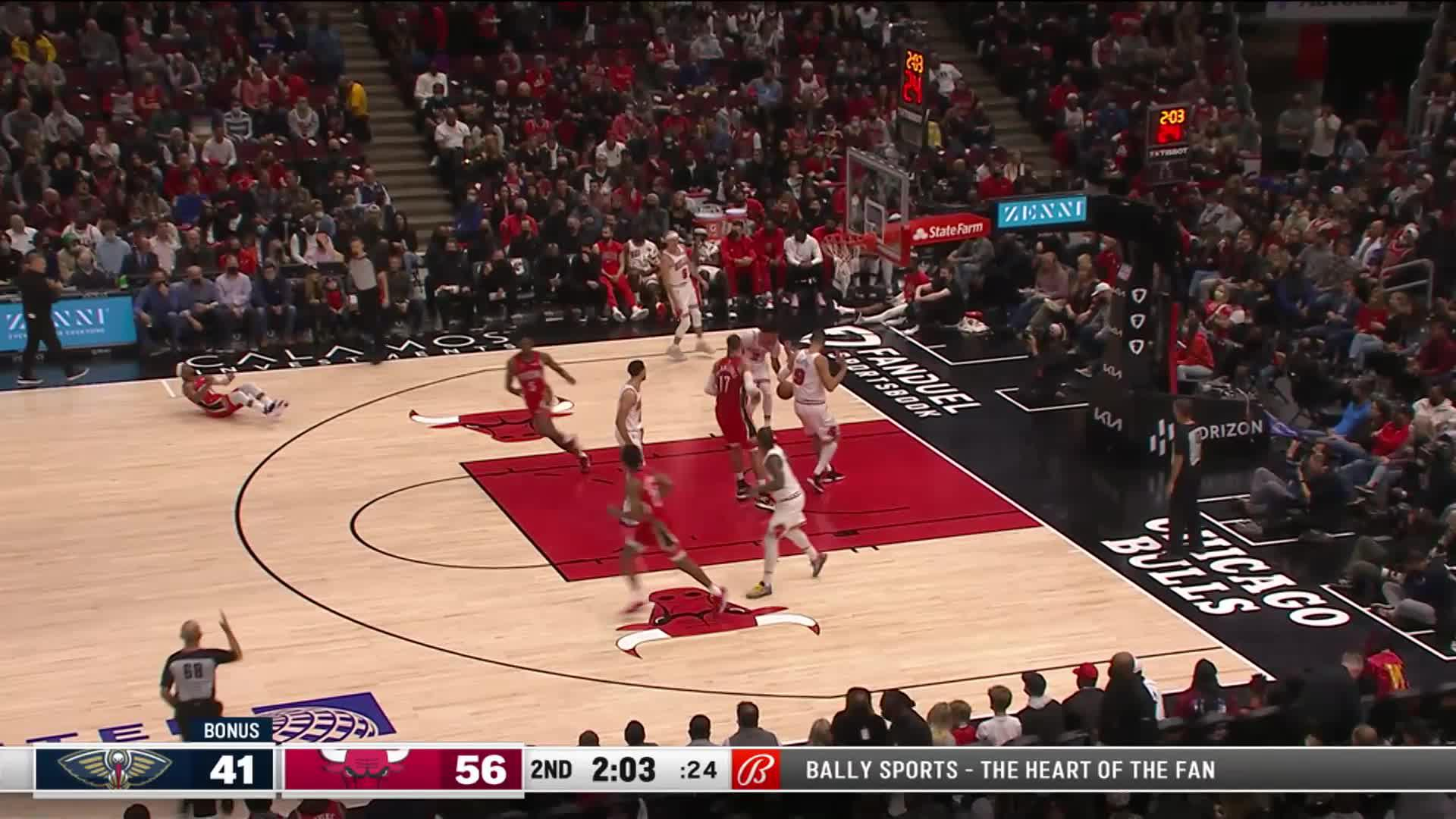 Devonte' Graham with 13 Points in the 2nd Quarter | Pelicans at Bulls 10-22-21