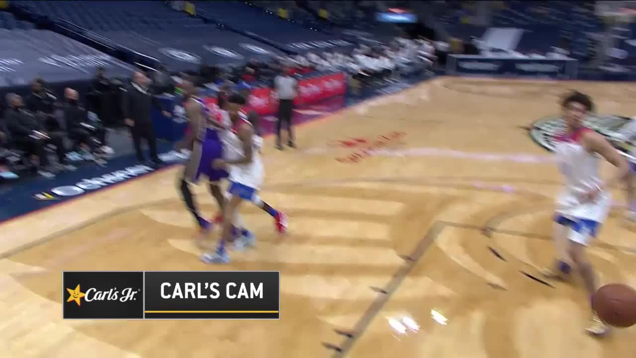 LeBron James shows off the vision for the slick assist