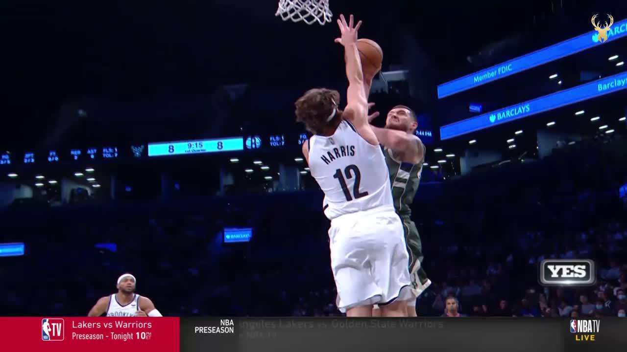 Sandro Puts Harris On A Poster