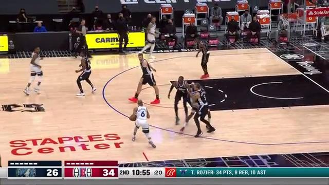 DLo Shows Off the Handles