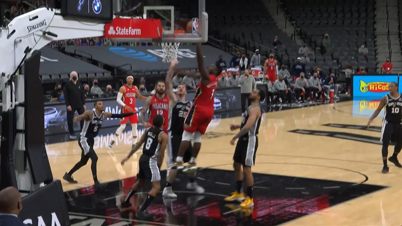 Zion Williamson powerful layup | Pelicans-Spurs Highlights