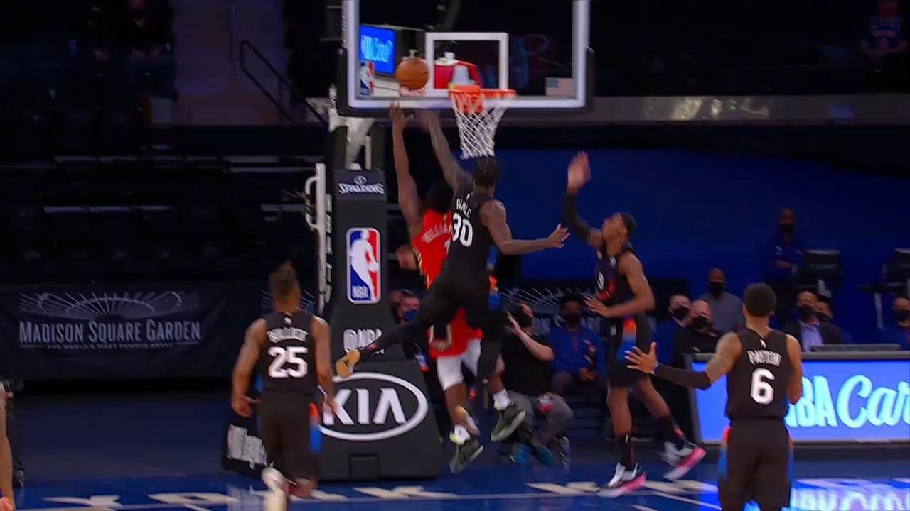 Zion Williamson fast break finish | Pelicans-Knicks Highlights