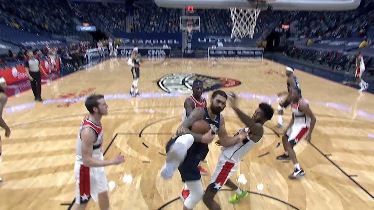 Steven Adams fends off 3 defenders for the putback dunk | Pelicans-Wizards Highlights