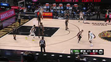 Brook Poses For The Dunk