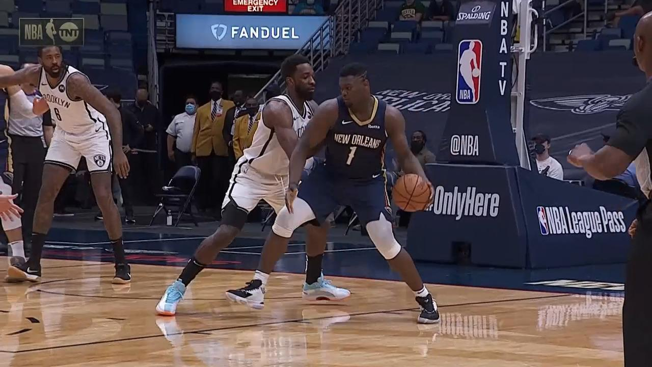 Zion with two quick buckets to start the half | Pelicans-Nets Highlights