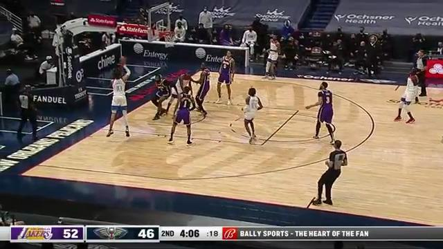 Jaxson Hayes jumper to cut deficit | Pelicans-Lakers Highlights
