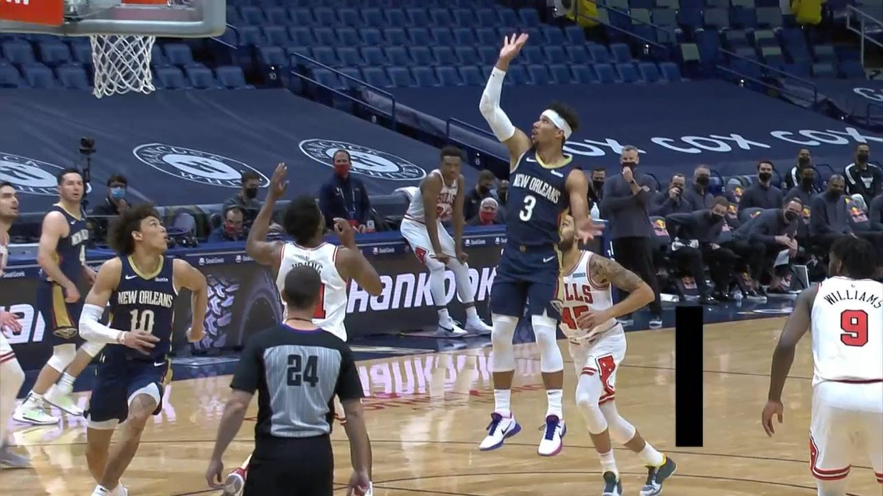 Jaxson Hayes dunks the Hart lob | Pelicans-Bulls Highlights